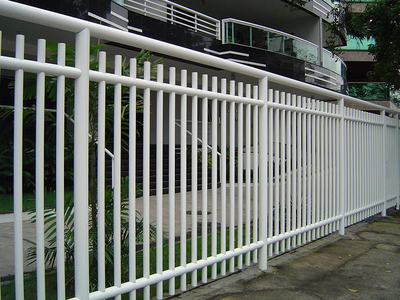 Muito Grade Tubular Redonda - Universal Grades e Portões. Rio de Janeiro RZ43